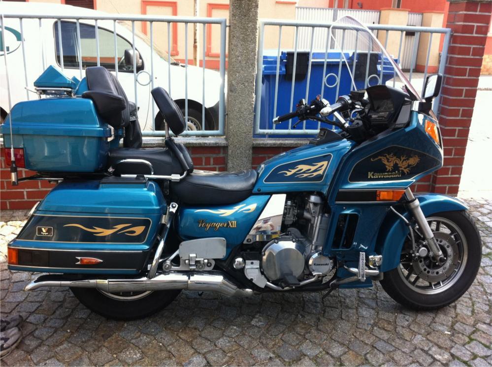 Dekorbeschriftung am Motorrad